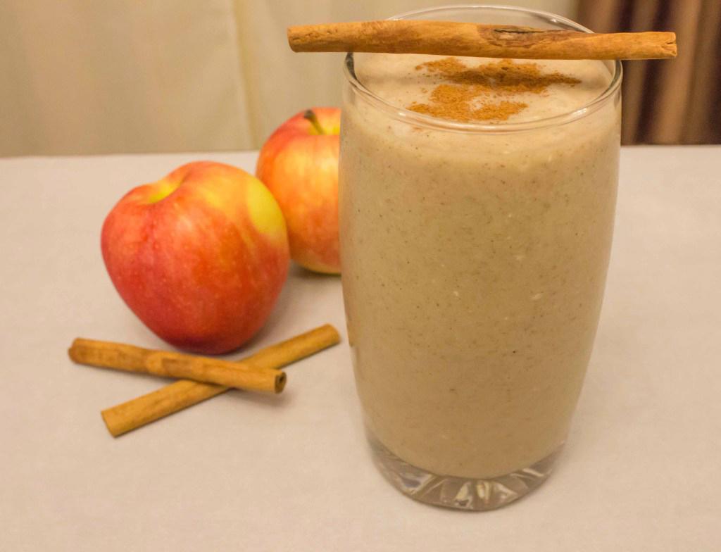 maca-apple-strudel-smoothie-1.jpg